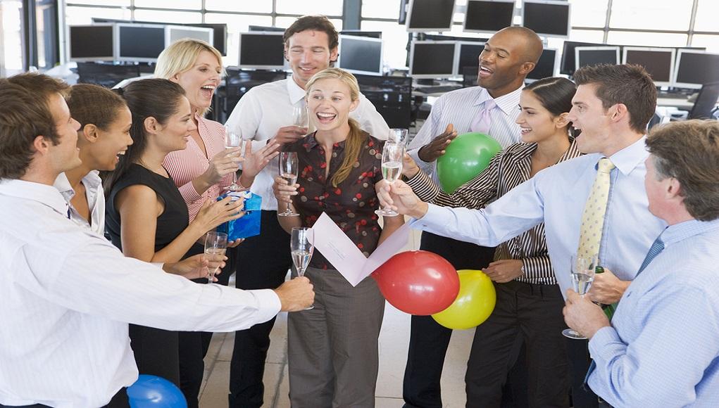 חגיגות ימי הולדת לעובדים